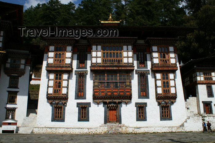 bhutan339: Bhutan - Kurjey Lhakhang - named for the bodily imprint of Guru Rinpoche visible in a rock - one of the three palaces - photo by A.Ferrari - (c) Travel-Images.com - Stock Photography agency - Image Bank
