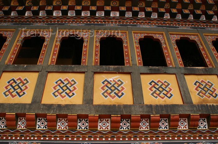 bhutan36: Bhutan - Thimphu - inside Trashi Chhoe Dzong - Endless Knot (pay-yap or drami) stands for depth of mind, thinking and love - photo by A.Ferrari - (c) Travel-Images.com - Stock Photography agency - Image Bank