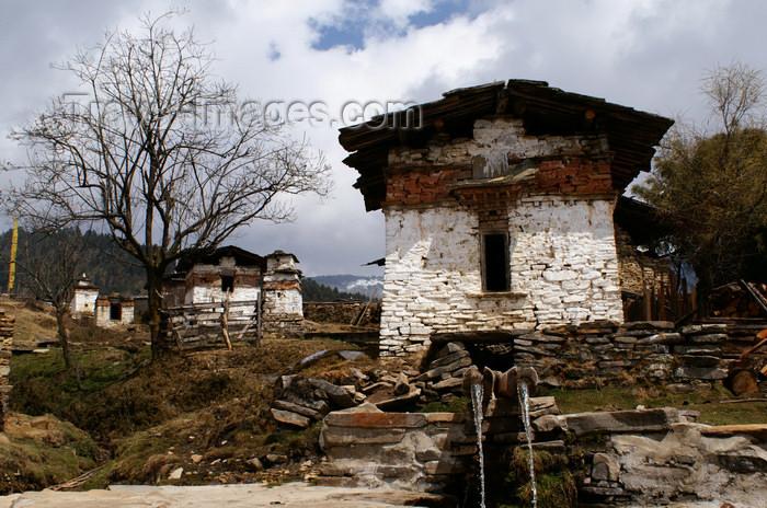bhutan373: Bhutan - Shingkhar village - photo by A.Ferrari - (c) Travel-Images.com - Stock Photography agency - Image Bank