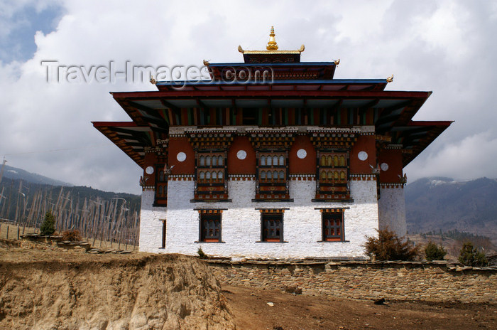 bhutan392: Bhutan - Ura village -  Geyden Lhakhang - photo by A.Ferrari - (c) Travel-Images.com - Stock Photography agency - Image Bank