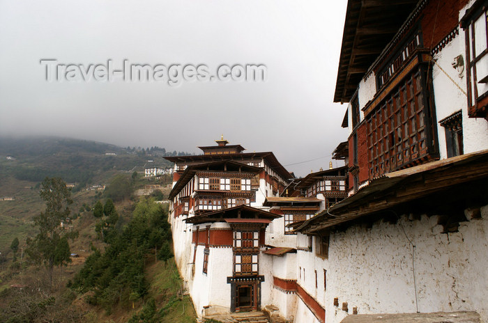 bhutan46: Bhutan - Trongsa Dzong - ancestral home of the present royal family - Wangchuck dynasty - photo by A.Ferrari - (c) Travel-Images.com - Stock Photography agency - Image Bank