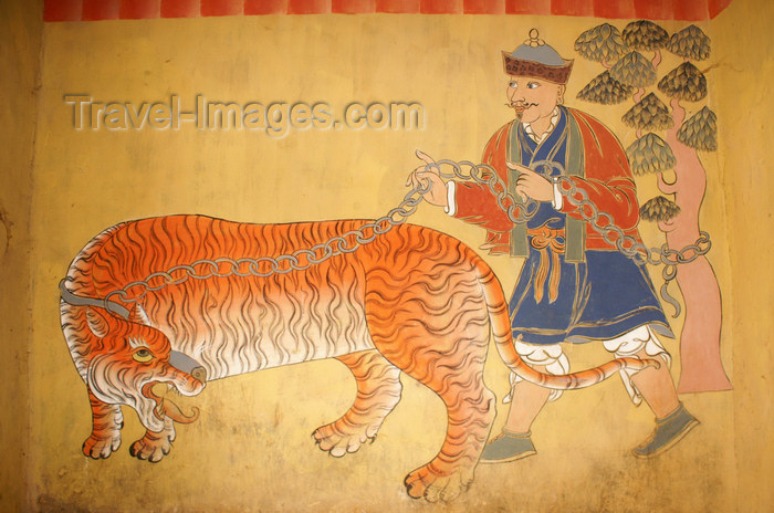 bhutan54: Bhutan - tiger - painting, inside the Trongsa Dzong - photo by A.Ferrari - (c) Travel-Images.com - Stock Photography agency - Image Bank