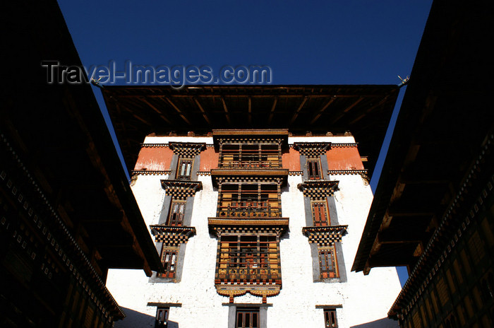bhutan79: Bhutan - Paro: central tower of the Paro Dzong aka Rinpung Dzong - built during the 17th century - photo by A.Ferrari - (c) Travel-Images.com - Stock Photography agency - Image Bank