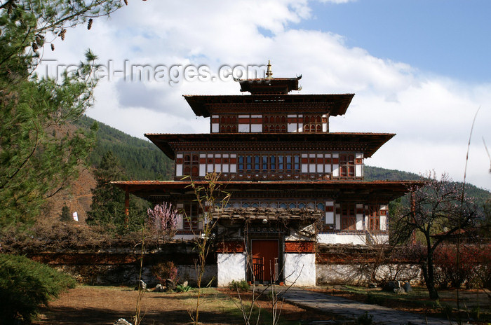 bhutan81: Bhutan - Paro: Ugyen Pelri palace - residence of the Queen's mother -  built by a Paro penlop in the early 1900s - photo by A.Ferrari - (c) Travel-Images.com - Stock Photography agency - Image Bank