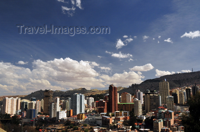 bolivia109: La Paz, Bolivia: skyline of the Sopocachi neighbourhood, Cotahuma district - Chukiago Marka - photo by M.Torres - (c) Travel-Images.com - Stock Photography agency - Image Bank