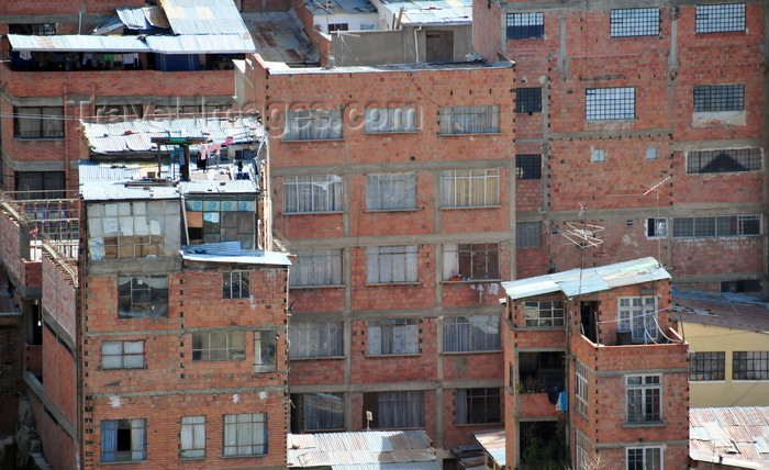 bolivia112: La Paz, Bolivia: poor buildings with unfinished façades on the Sopocachi area - photo by M.Torres - (c) Travel-Images.com - Stock Photography agency - Image Bank