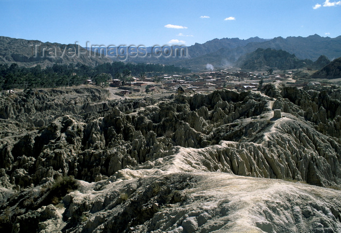 bolivia129: La Paz, Bolivia: Valley of the Moon - erosion has created a lunar landscape - Valle de la Luna - photo by C.Lovell - (c) Travel-Images.com - Stock Photography agency - Image Bank