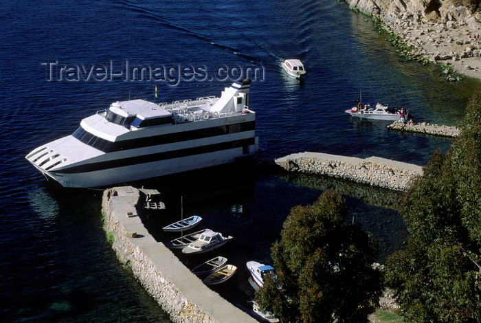 bolivia142: Isla del Sol / Island of the Sun, Lake Titicaca, Manco Kapac Province, La Paz Department, Bolivia: The M.T.S. Consuelo at anchor in the village of Yumani - small harbour - photo by C.Lovell - (c) Travel-Images.com - Stock Photography agency - Image Bank