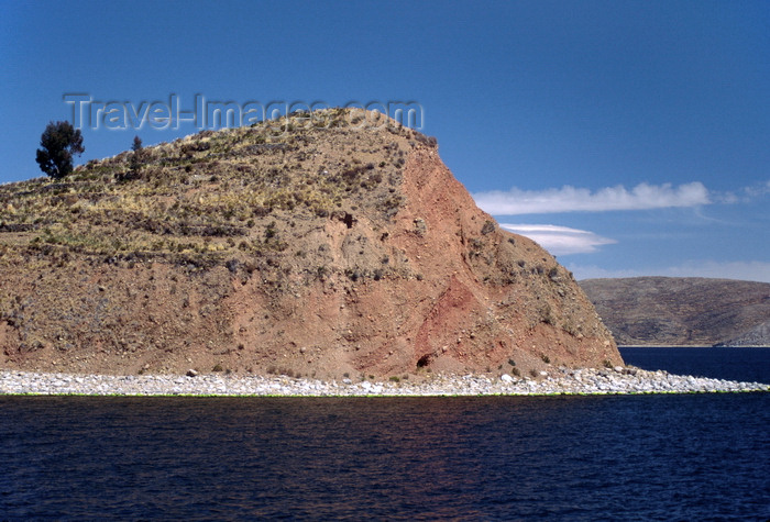 bolivia143: Isla de la Luna / Island of the Moon, Lake Titicaca, Manco Kapac Province, La Paz Department, Bolivia: the island is considered holy by both the Aymara and the Quechua - in Inca mythology the island is where Viracocha commanded the rising of the moon - photo by C.Lovell - (c) Travel-Images.com - Stock Photography agency - Image Bank