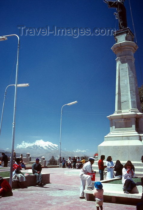 bolivia15: La Paz, Bolivia: Mt. Illimani - people relax and enjoy the view - photo by J.Fekete - (c) Travel-Images.com - Stock Photography agency - Image Bank