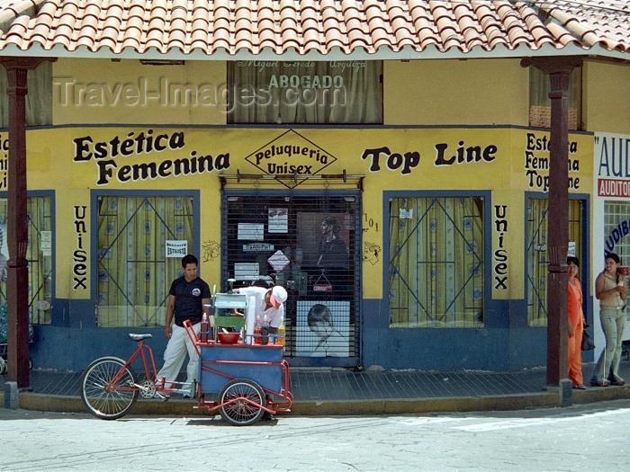 bolivia37: Santa Cruz de la Sierra, Andrés Ibáñez province, Sta Cruz department, Bolivia: beauty parlor - estética femenina - pleuqueria - photo by M.Bergsma - (c) Travel-Images.com - Stock Photography agency - Image Bank