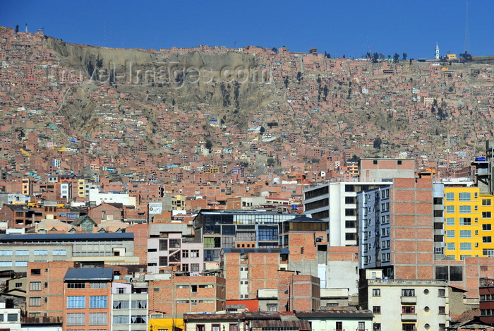 bolivia45: La Paz, Bolivia: the city spreads up the wall of canyon of the river Choqueyapu, construction quality degrades as one climbs towards El Alto - photo by M.Torres - (c) Travel-Images.com - Stock Photography agency - Image Bank