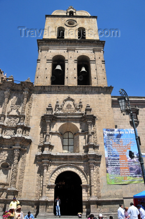 bolivia51: La Paz, Bolivia: San Francisco church - baroque façade - land for the church and convent was offered by the cacique Quirquincha - photo by M.Torres - (c) Travel-Images.com - Stock Photography agency - Image Bank