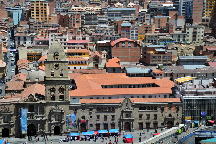 bolivia62: La Paz, Bolivia: downtown - San Francisco church and convent - Plaza San Francisco and Calle Sagárnaga from above - photo by M.Torres - (c) Travel-Images.com - Stock Photography agency - Image Bank