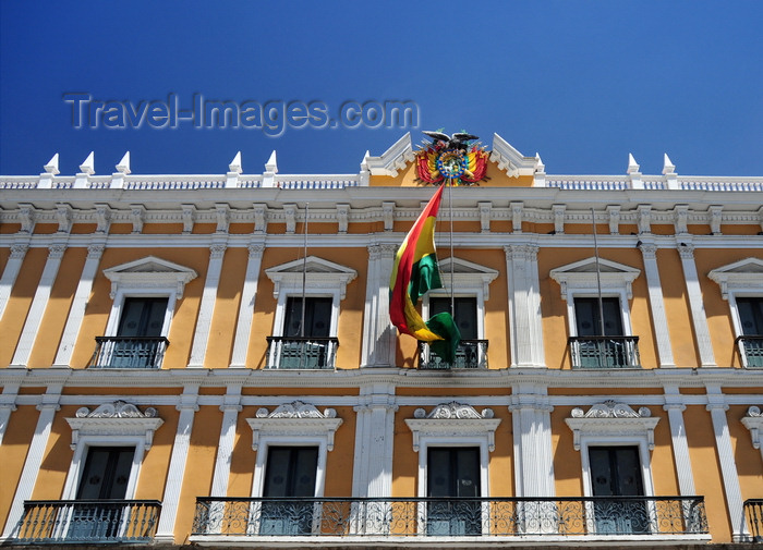 bolivia79: La Paz, Bolivia: renaissance style façade of the 'Burt Palace' - Palacio Quemado - Palacio de Gobierno - Plaza Murillo - photo by M.Torres - (c) Travel-Images.com - Stock Photography agency - Image Bank