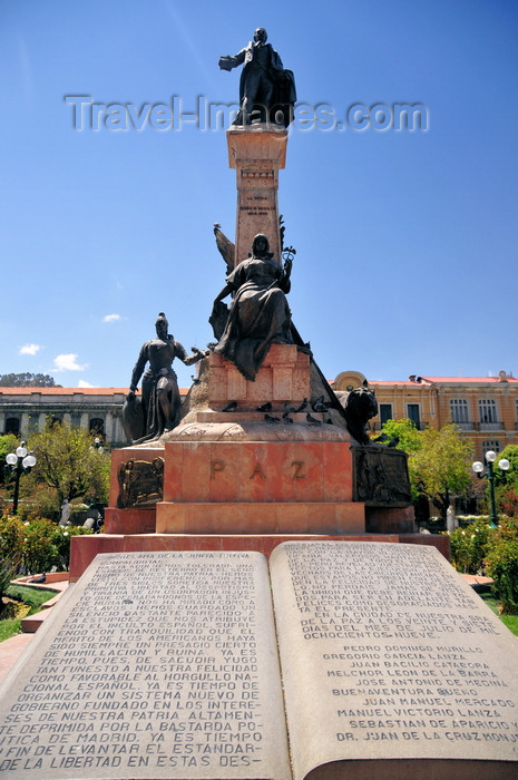 bolivia83: La Paz, Bolivia: monument to the Upper Peru rebel Pedro Domingo Murillo, hanged in this square that bears his name - he also lends his name to Pedro Domingo Murillo Province - sculpture by Ferruccio Cantella - photo by M.Torres - (c) Travel-Images.com - Stock Photography agency - Image Bank