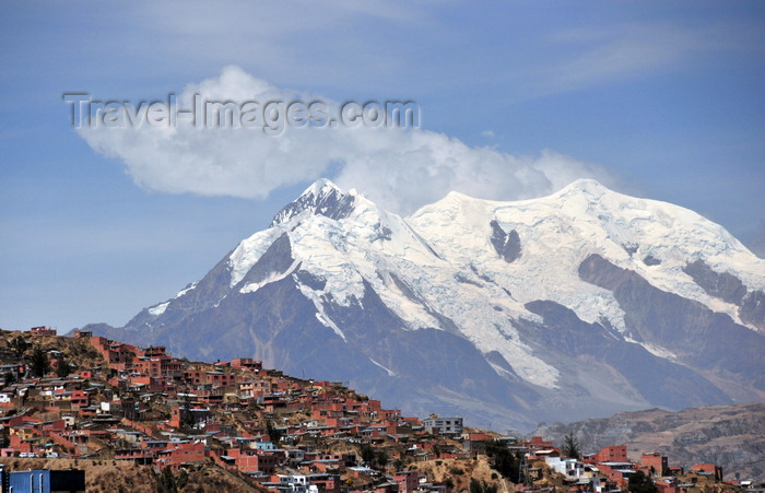 bolivia95: La Paz, Bolivia: southern suburbs and mount llimani with 4 peaks over 6000m - Cordillera Real, Eastern range of the Andes - orogenic cloud formation - photo by M.Torres - (c) Travel-Images.com - Stock Photography agency - Image Bank