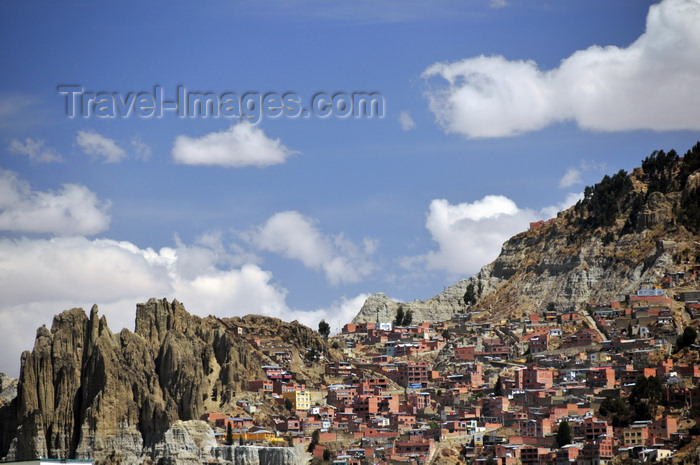 bolivia98: La Paz, Bolivia: erosion and chaotic construction on the canyon rim - a disaster waiting to happen - photo by M.Torres - (c) Travel-Images.com - Stock Photography agency - Image Bank