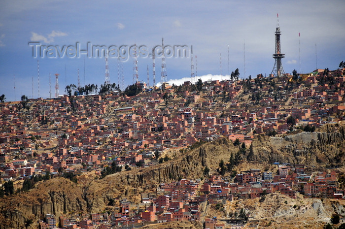 bolivia99: El Alto, La Paz department, Bolivia: houses perched on the rim of the Choqueyapu canyon - photo by M.Torres - (c) Travel-Images.com - Stock Photography agency - Image Bank