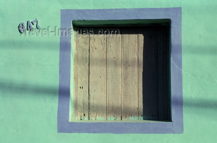 brazil107: Brazil / Brasil - Maceió  (Alagoas): window / janela - photo by F.Rigaud - (c) Travel-Images.com - Stock Photography agency - Image Bank