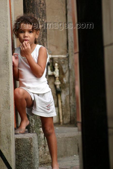 brazil144: Brazil / Brasil - Rio de Janeiro: Vila Canoas Favela - slum - shy girl / garota tímida - photo by N.Cabana - (c) Travel-Images.com - Stock Photography agency - Image Bank