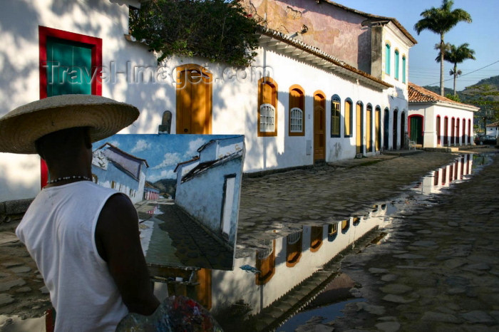 brazil154: Brazil / Brasil - Parati / Paraty (RJ): painter - artist / pintor - arte - photo by N.Cabana - (c) Travel-Images.com - Stock Photography agency - Image Bank