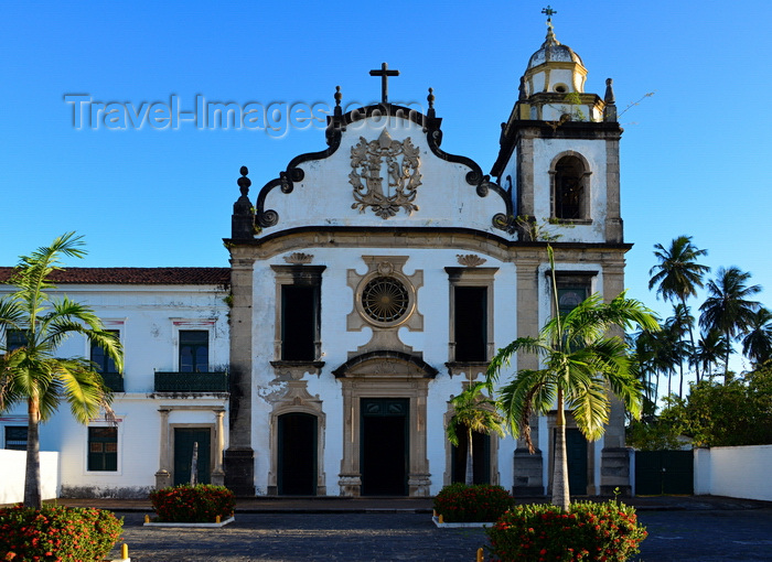 brazil189: Olinda, Pernambuco, Brazil: Church and Monastery of St Benedict, XVIII century baroque architecture by  Francisco Nunes Soares - Mosteiro de São Bento - Portuguese baroque - Historic Centre of the Town of Olinda, UNESCO World Heritage Site - photo by M.Torres - (c) Travel-Images.com - Stock Photography agency - Image Bank