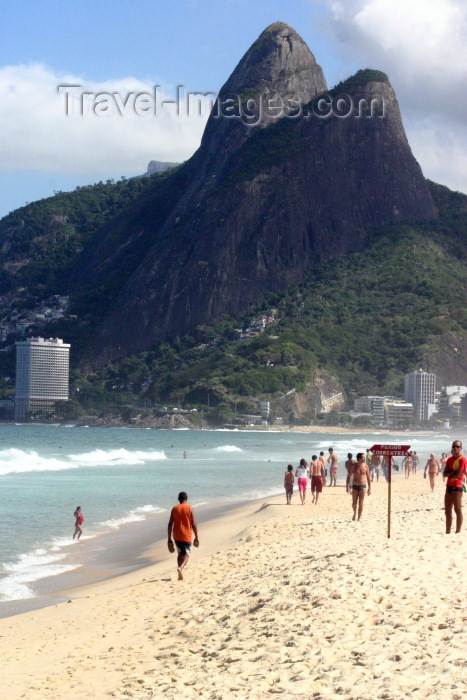 brazil194: Brazil / Brasil - Rio de Janeiro: Ipanema beach / paria de Ipanema - photo by N.Cabana - (c) Travel-Images.com - Stock Photography agency - Image Bank