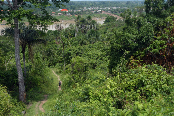 brazil236: Brazil / Brasil - Amazonas - Boca do Acre - Kamicuã village: path to the river / vereda até ao rio (photo by M.Alves) - (c) Travel-Images.com - Stock Photography agency - Image Bank