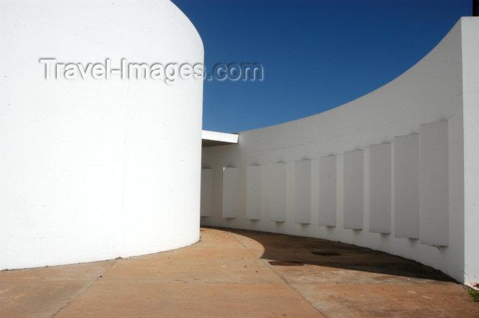 brazil315: Brazil / Brasil - Brasilia: Oscar Niemeyer space / espaço Oscar Niemeyer - photo by M.Alves - (c) Travel-Images.com - Stock Photography agency - Image Bank