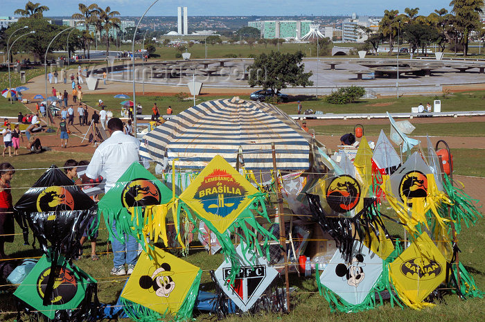 brazil342: Brazil / Brasil - Brasilia: souvenir kites by the television tower / pipa, cafifa, papagaio, pandorga ou arraia - photo by M.Alves - (c) Travel-Images.com - Stock Photography agency - Image Bank