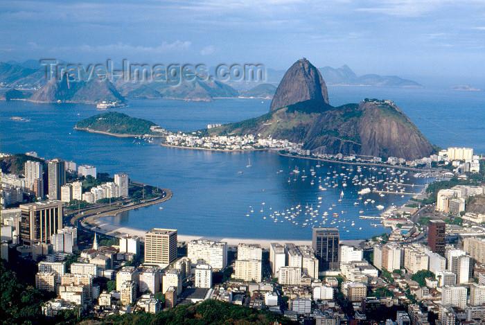 brazil382: Brazil / Brasil - Rio de Janeiro: Pão de Açucar and Guanabara bay - baia da Guanabara - photo by L.Moraes - (c) Travel-Images.com - Stock Photography agency - Image Bank