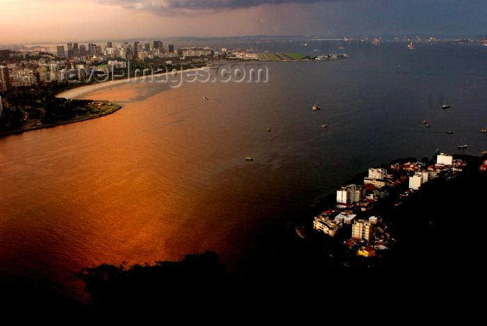 brazil426: Rio de Janeiro, RJ, Brasil / Brazil: Botafogo bay - view from Urca hill / baía de Botafogo - vista do Morro da Urca - photo by L.Moraes - (c) Travel-Images.com - Stock Photography agency - Image Bank