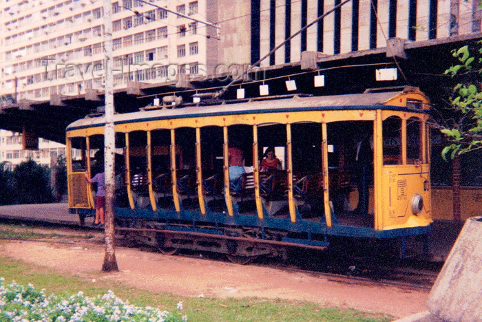 brazil45: Brazil / Brasil - Rio de Janeiro: taking the tram - bonde - electrico - estação de Santa Teresa / taking the tram at St Teresa - photo by M.Torres - (c) Travel-Images.com - Stock Photography agency - Image Bank
