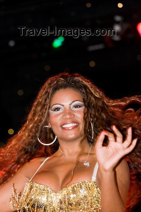 brazil458: Rio de Janeiro, RJ, Brasil / Brazil: okay Sign from a Carnival dancer - Mocidade Independente de Padre Miguel samba school / escola de samba Mocidade Independente de Padre Miguel - photo by D.Smith - (c) Travel-Images.com - Stock Photography agency - Image Bank