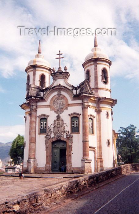 brazil6: Brazil / Brasil - Brazil - Ouro Preto (Minas Gerais - UNESCO world heritage): igreja de São Francisco de Assis / São Francisco de Assis church - photo by M.Torres - (c) Travel-Images.com - Stock Photography agency - Image Bank