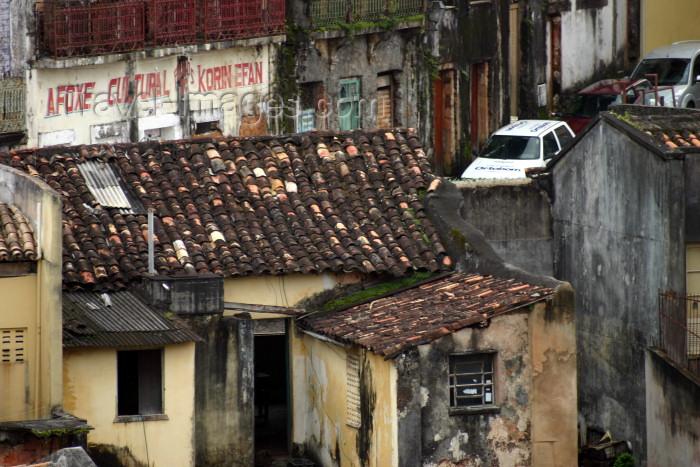 brazil81: Brazil / Brasil - Salvador (Bahia): old roofs / velhos telhados