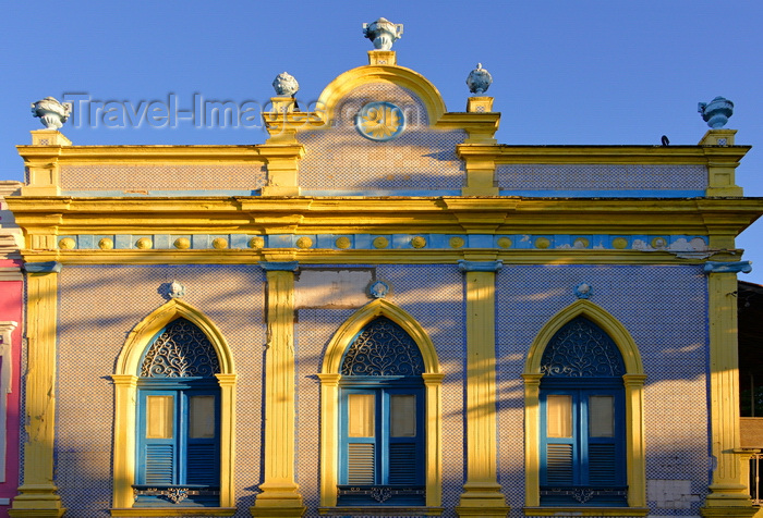 brazil90: Olinda, Pernambuco, Brazil: elegant tile covered facade on Rua Quinze de Novembro - photo by M.Torres - (c) Travel-Images.com - Stock Photography agency - Image Bank