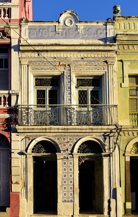 brazil91: Olinda, Pernambuco, Brazil: old tile covered facade on Rua Quinze de Novembro - photo by M.Torres - (c) Travel-Images.com - Stock Photography agency - Image Bank