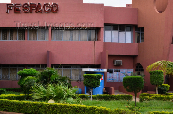 burkina-faso30: Ougadougou, Burkina Faso: FESPACO building on Kadiogo avenue - Panafrican Film and Television Festival of Ouagadougou / Festival panafricain du cinéma et de la télévision de Ouagadougou - photo by M.Torres - (c) Travel-Images.com - Stock Photography agency - Image Bank
