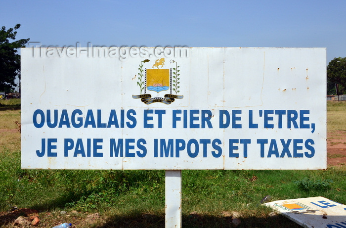 burkina-faso37: Ouagadougou, Burkina Faso: billboard with campaign promoting the payment of taxes by the citizens - photo by M.Torres - (c) Travel-Images.com - Stock Photography agency - Image Bank