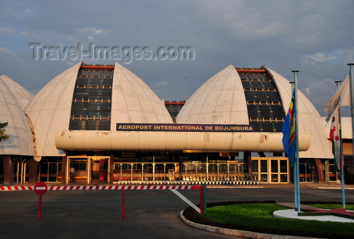 burundi2: Bujumbura, Burundi: Bujumbura International Airport - BJM - landside - the building resembles a set of rugo traditional huts - photo by M.Torres - (c) Travel-Images.com - Stock Photography agency - Image Bank