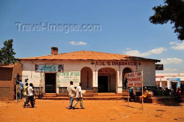 burundi58: Gitega / Kitega, Burundi: Adil's pharmacy and optician - pharmacie et centre optique - photo by M.Torres - (c) Travel-Images.com - Stock Photography agency - Image Bank