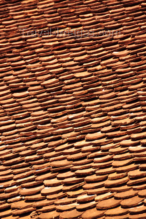 burundi59: Gitega / Kitega, Burundi: shingles - European touch - youth center - Centre des Jeunes de Gitega - photo by M.Torres - (c) Travel-Images.com - Stock Photography agency - Image Bank