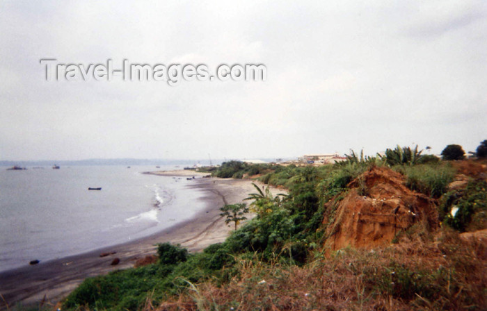 cabinda14: Africa - Cabinda - Kakongo: the beach / a praia (photo by FLEC) - (c) Travel-Images.com - Stock Photography agency - Image Bank