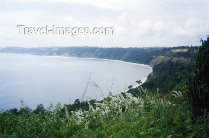 cabinda16: Africa - Cabinda: the bay - Atlantic Ocean / a baía - Oceano Atlântico (photo by FLEC) - (c) Travel-Images.com - Stock Photography agency - Image Bank