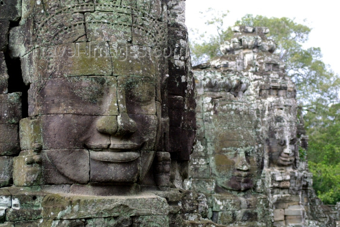 cambodia100: Angkor, Cambodia / Cambodge: Bayon - Giant sculpted faces of Jayavarman VII (Angkor Thom) - photo by R.Eime - (c) Travel-Images.com - Stock Photography agency - Image Bank
