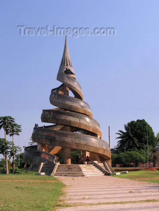 cameroon25: Yaoundé, Cameroon:  Reunification monument - the twin spirals symbolize the reunification of the French and British Cameroons - photo by B.Cloutier - (c) Travel-Images.com - Stock Photography agency - Image Bank