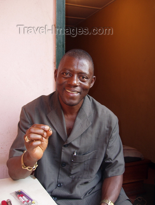cameroon26: Yaoundé, Cameroon: portrait of a Cameroonian entrepreneur - photo by B.Cloutier - (c) Travel-Images.com - Stock Photography agency - Image Bank