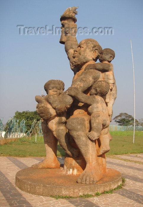 cameroon31: Yaoundé, Cameroon: family monument - photo by B.Cloutier - (c) Travel-Images.com - Stock Photography agency - Image Bank